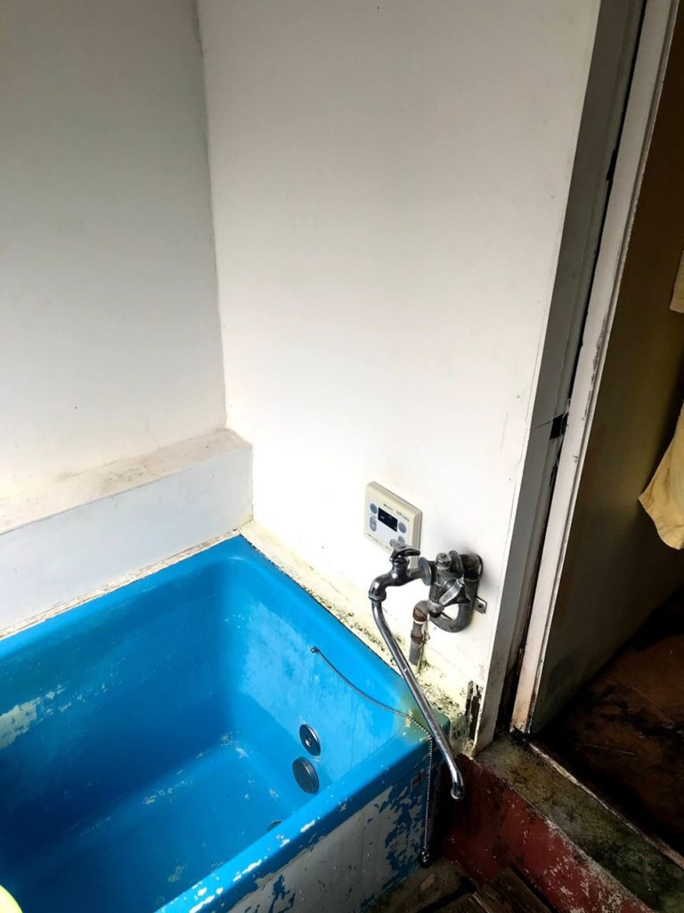 給湯設備工事及びシャワー新設工事
