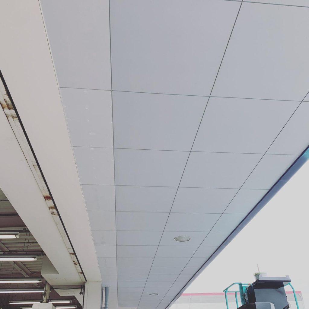 ビッグモーター小倉西港店様 部分改修工事